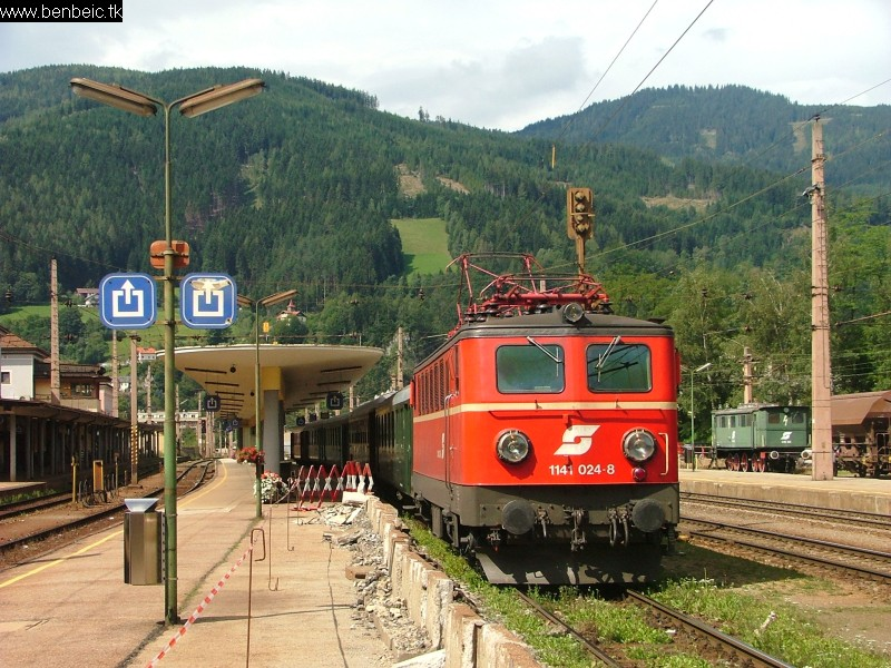 1141 024-8 Mürzzuschlagban fotó