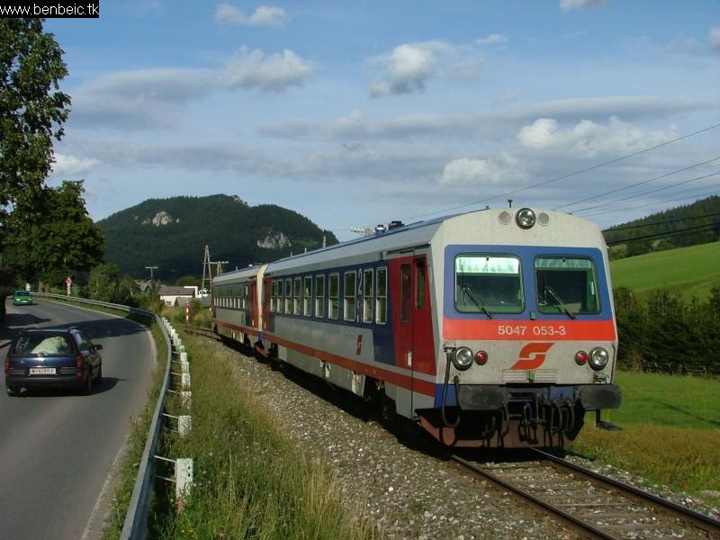 5047 053-3 és 032-7 Puchberg am Schneeberg állomás elõtt fotó