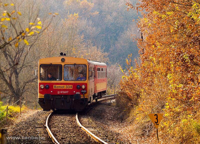 A Bzmot 334 Szokolya és Berkenye között fotó