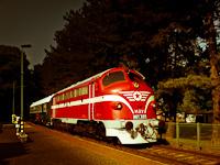 Az M61 001 a Balaton Retró Expressz nosztalgiavonattal Badacsonyban