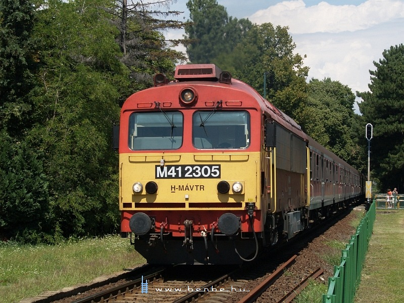 The M41 2305 at Badacsony photo