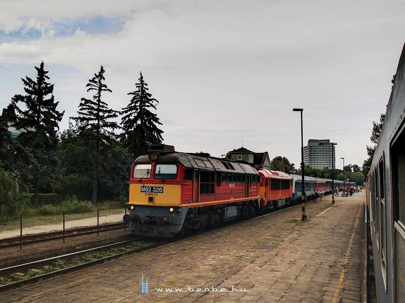 M62 326 Balatonalmádiban fotó