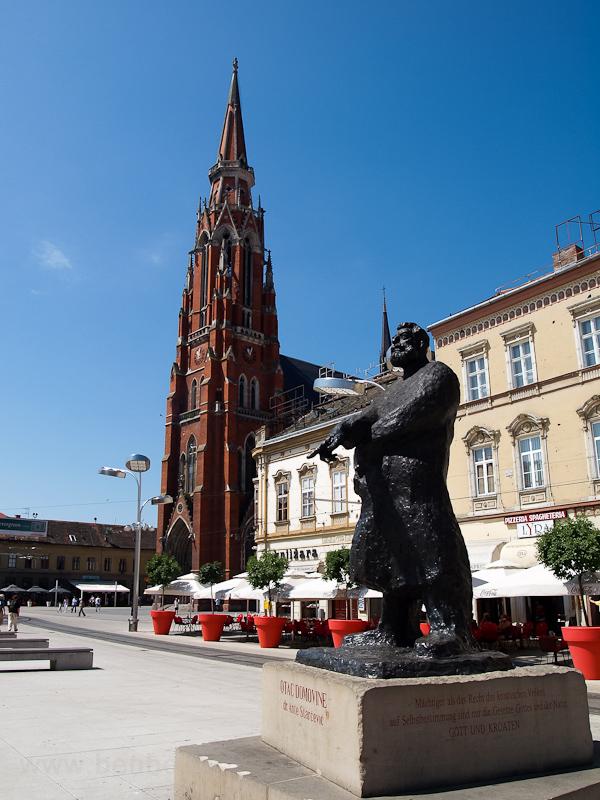 Eszék, Szent Péter és Pál Nagytemplom (Osijek) fotó