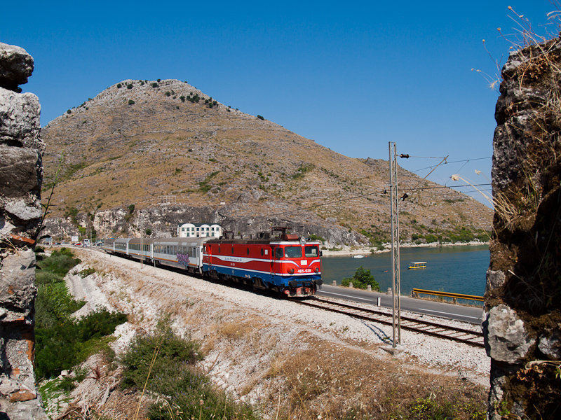 The ŽCG 461-039 seen between Vranjina and Virpazar near Lesendro-fort in Lake Skadar photo