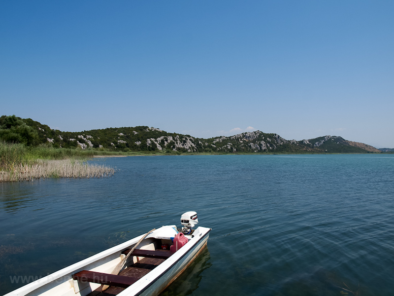 Lake Sasko photo