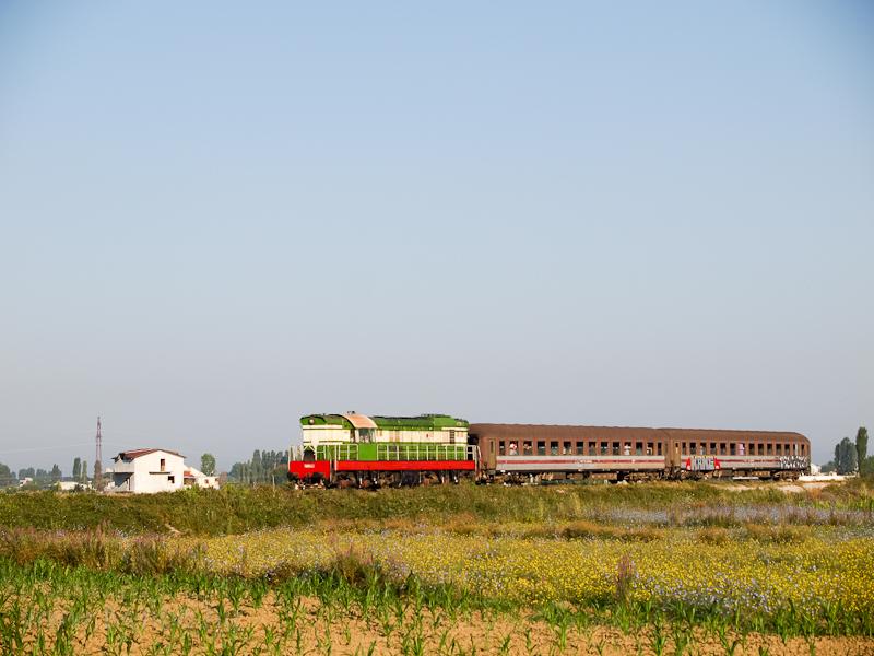 Az Albán Vasút (HSH) T669-1032 Lezhe és Milot között a shkoderi vonalon fotó