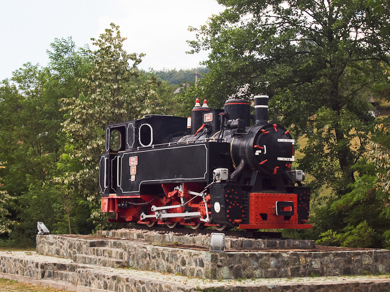 A typical Reşiţa locomotive exhibited near Mokra Gora photo
