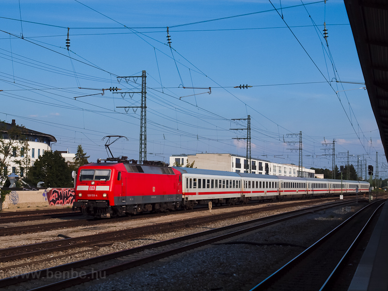 The DB AG 120 133-4 seen at picture