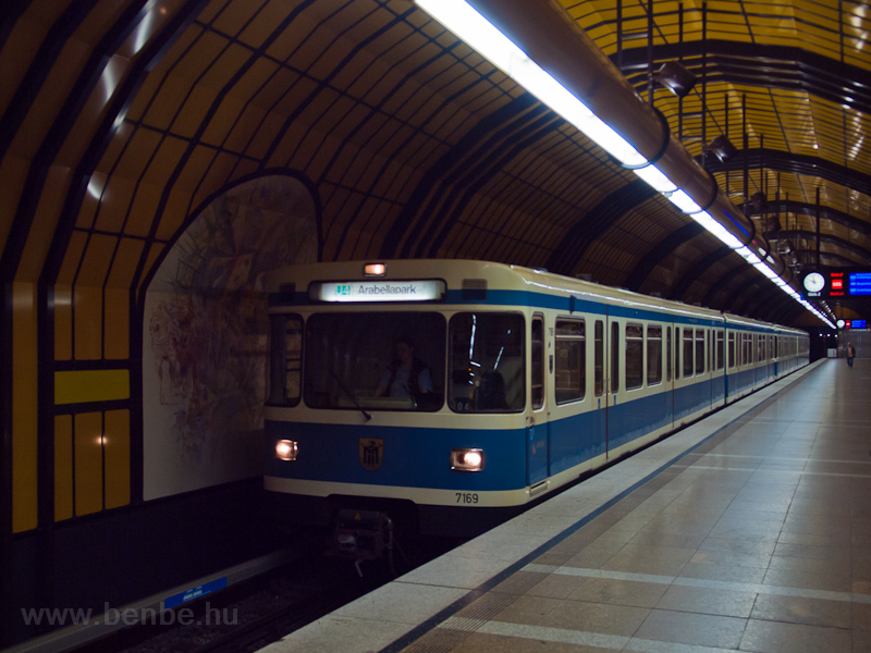 The MVG U-Bahn Baureihe A 7 picture