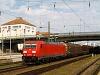 A DB AG 185 317-5 tehervonattal Regensburg Hauptbahnhofon