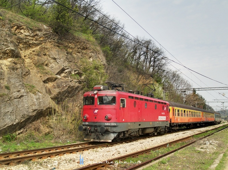 444-024 Rakovicánál fotó