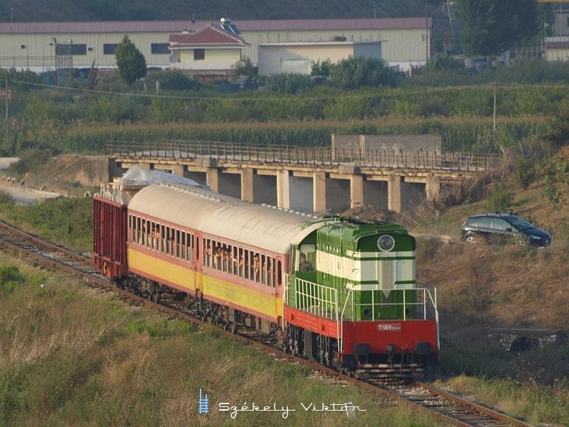 T669 1044 Rrogozhine és Dushk között fotó