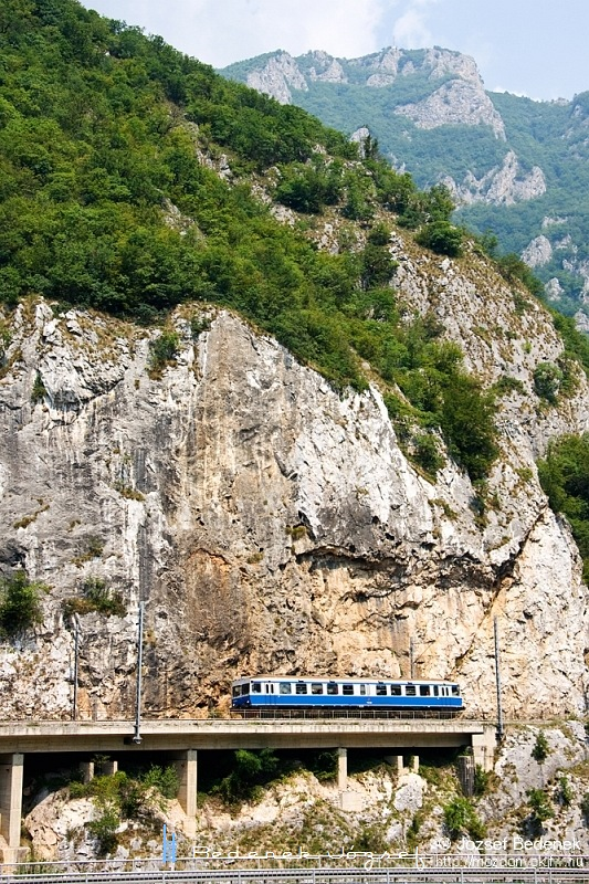 710-009 Ovcar Banja állomáson fotó