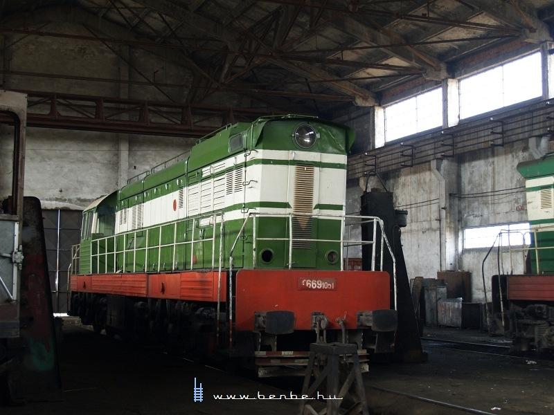 T669 1051 Shkozetben fotó