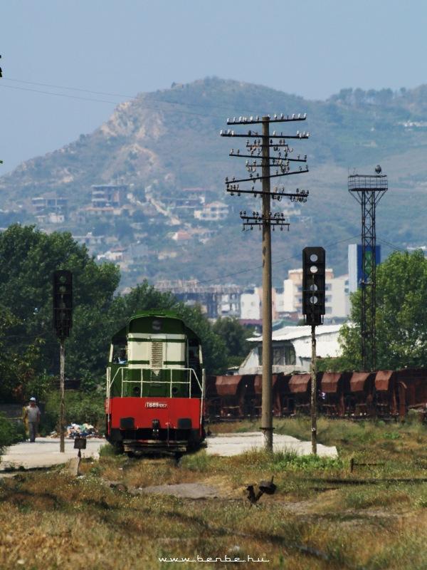 T669 1057 Shkozet állomáson fotó