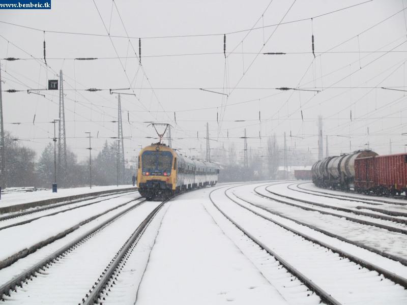 BVhmot 201 Vác állomáson fotó