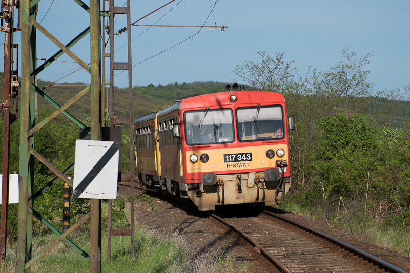 The MÁV-START 117 343 seen  photo
