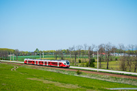 The MÁV-START 415 040 seen between Hatvani kavicsbánya and Jászfényszaru