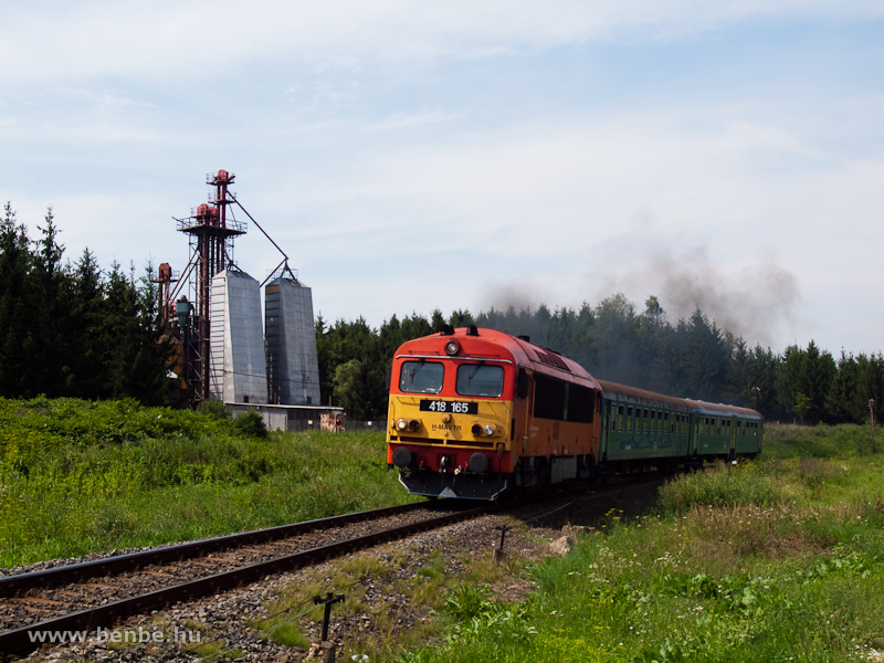 The MÁV-TR 418 165 between Szendrő and Büdöskútpuszta photo