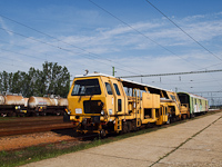 The KIAG-632 point and track grinding machine built by the Hungarian sub of Plasser&Theurer at Sajóecseg station