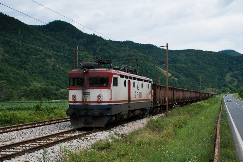 The ŽFBH 441 512 seen between Želeće and Žepče hauling a freight train on the incorrect track (formerly in hire to TCDD as E52 512) photo