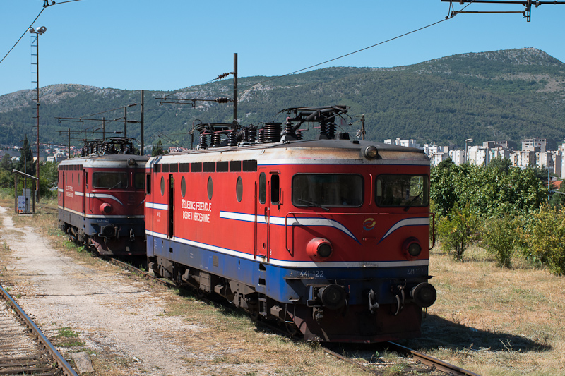 The ŽFBH 441 122 seen  photo