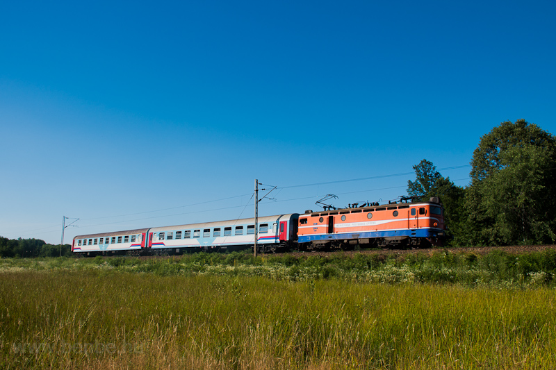 The ŽRS 441 806 seen between Ljeskove Vode and Rakovac photo