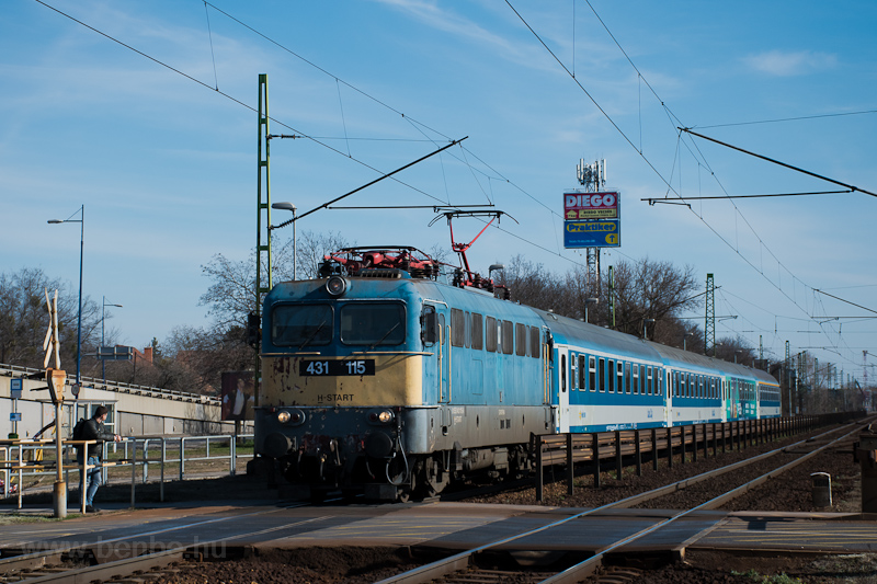 The MÁV-START 431 115 seen  picture