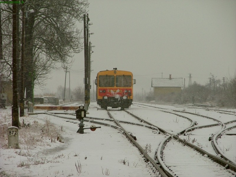 Nógrádszakál állomás vágányzata, Bzmot 254-gyel fotó