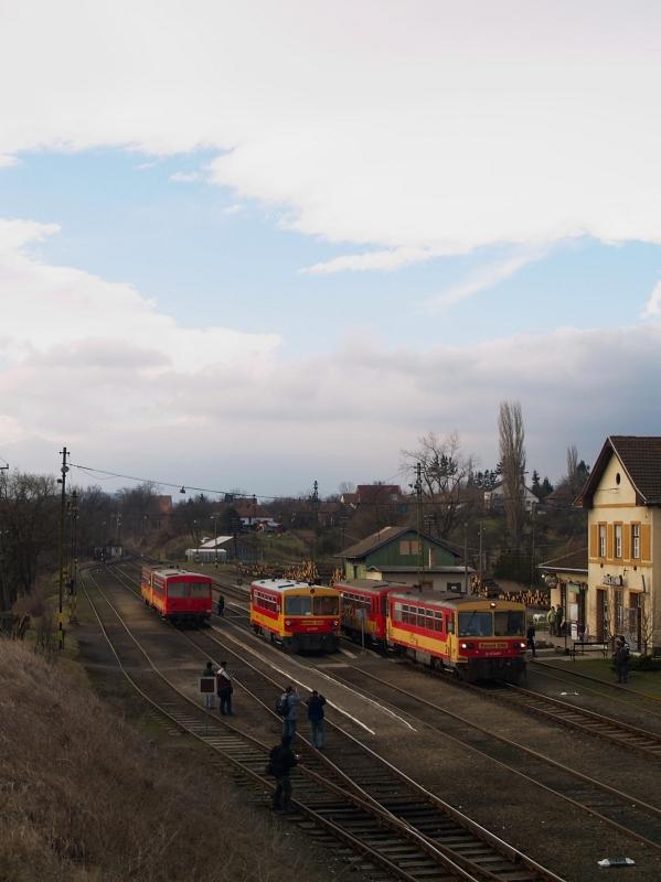 The Bzmot 243 and 298 at Diósjenõ photo