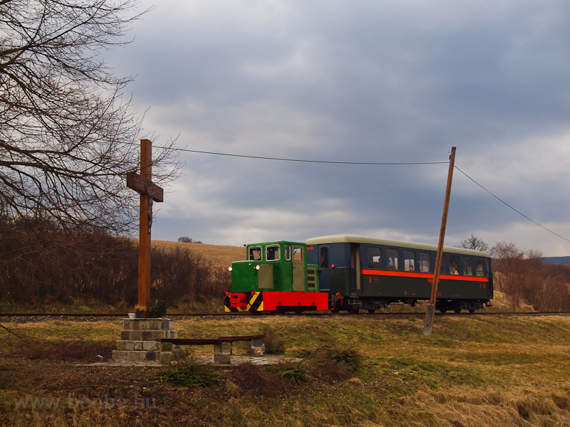 The C50 3756 of the Nagybörzsöny Forest Railway seen between Szokolya-Mányoki and Hártókút on the photo charter after it was refurbished at the Királyrét Forest Railway's workshop at Paphegy photo