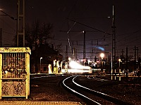 A Desiro is arriving at R�kosrendező