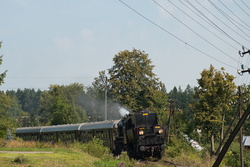 The PKP Ty42 107 seen betwe photo