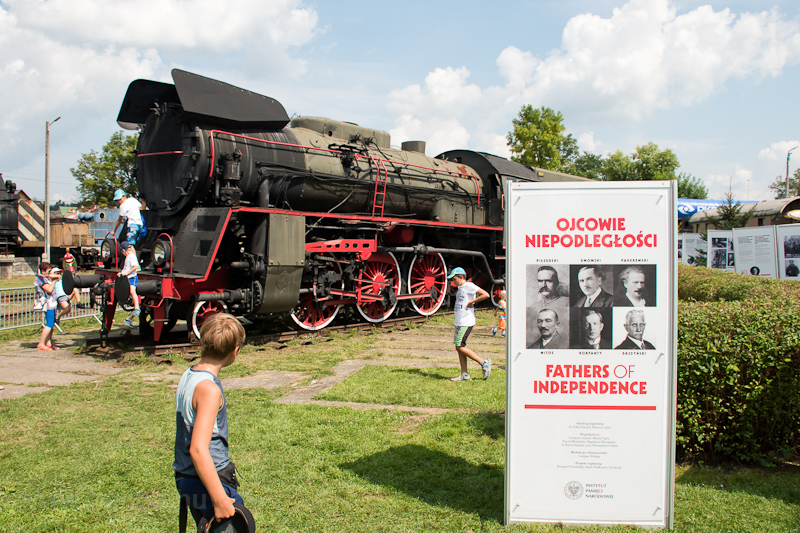 Steam locomotive and an adv photo