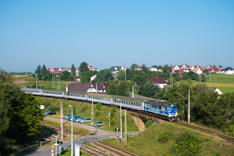 The PKP InterCity EP07 385  picture