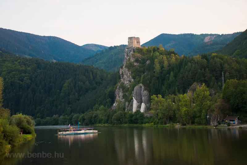 The castle-fort of Stre photo