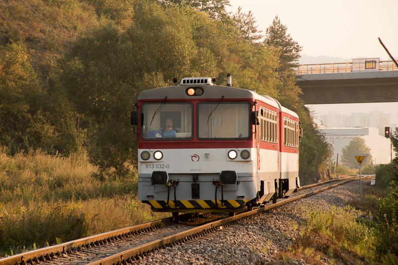 The ZSSK 813 032-0 seen bet photo