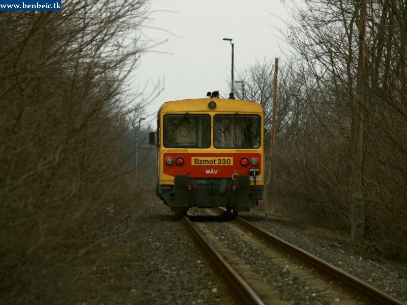Bzmot 330 Csajágra érkezik Lepsény felõl fotó