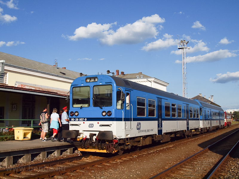 The ČD 80-29 007-9 see photo