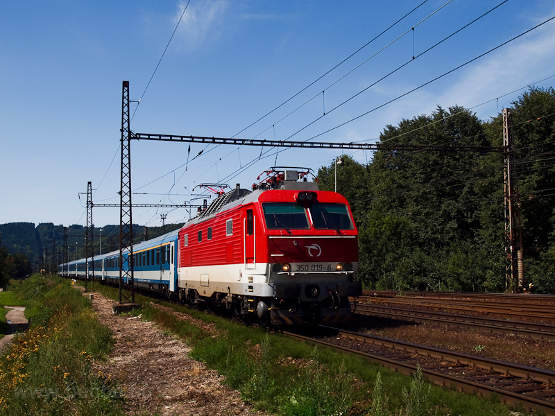 The ŽSSK 350 019-6 see picture