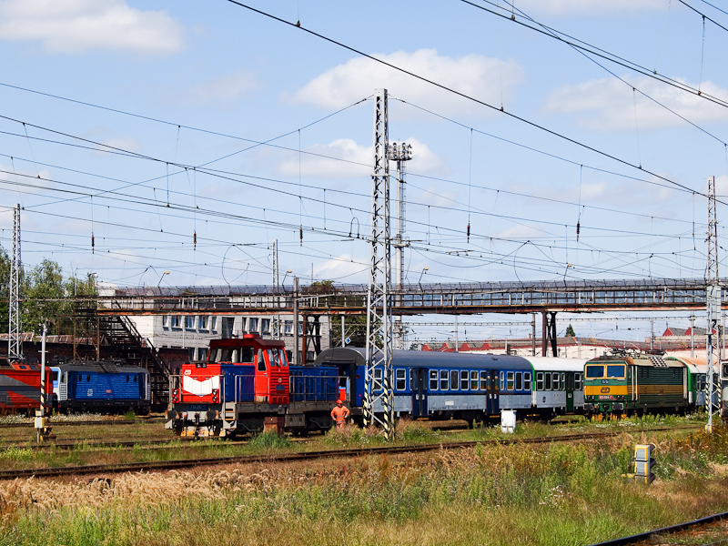 The ČD 163 022-7, 163  photo