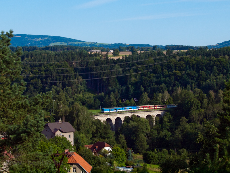 The ČD 843 007-6 seen between Sedlejovice and Sychrov photo