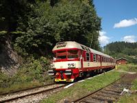 A ČD 854 031-2 Jesenny megálló-rakodóhelyen