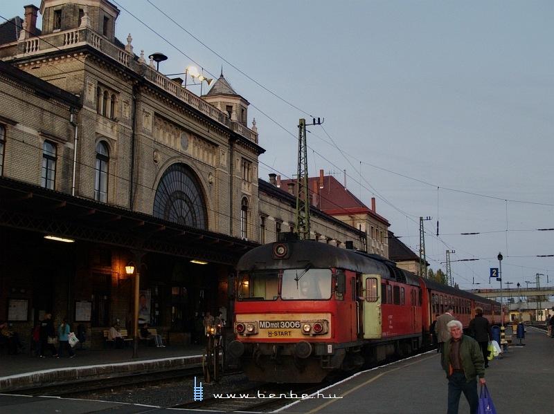 MDmot 3006 Pécs állomáson fotó