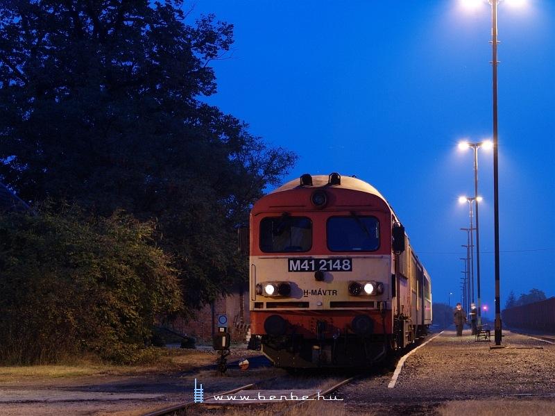 M41 2148 a kék-órában Máza-Szászváron fotó