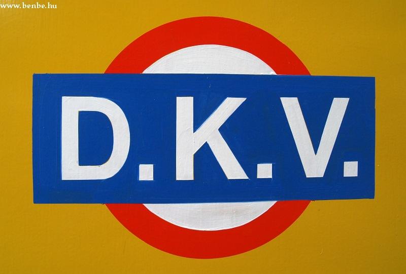 A Debreceni Közlekedési Vállalat (DKV - D.K.V.) logója fotó
