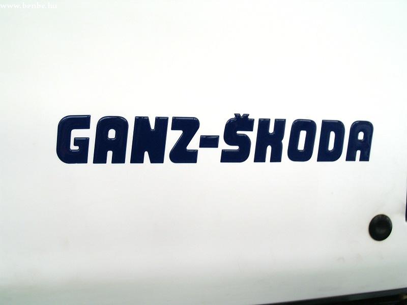 Ganz-Skoda-MAZ troli fotó