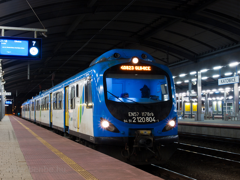 The PKP EN57 1178rb seen at picture