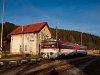 A ŽSSK 813 022-5 Trencsénmakó állomáson