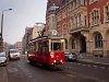 A bytomi 38-as villamos Konstal N sorozatú kocsija a Piekarskán, Bytom Kościół św. Trójcy végállomásnál